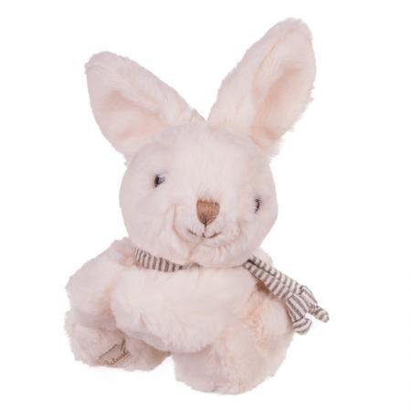 Плюшенa играчка зайче с бяло сърце