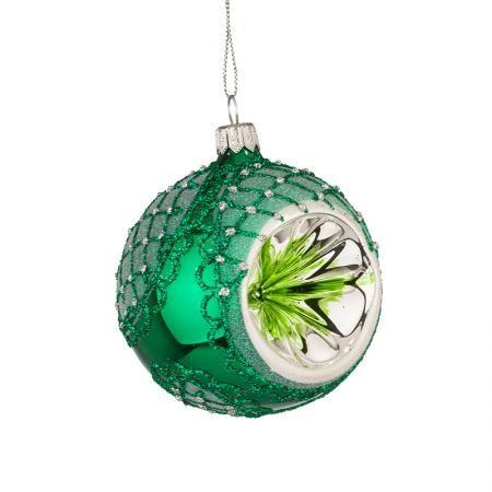 Стъклена зелена топка със сребърна декорация